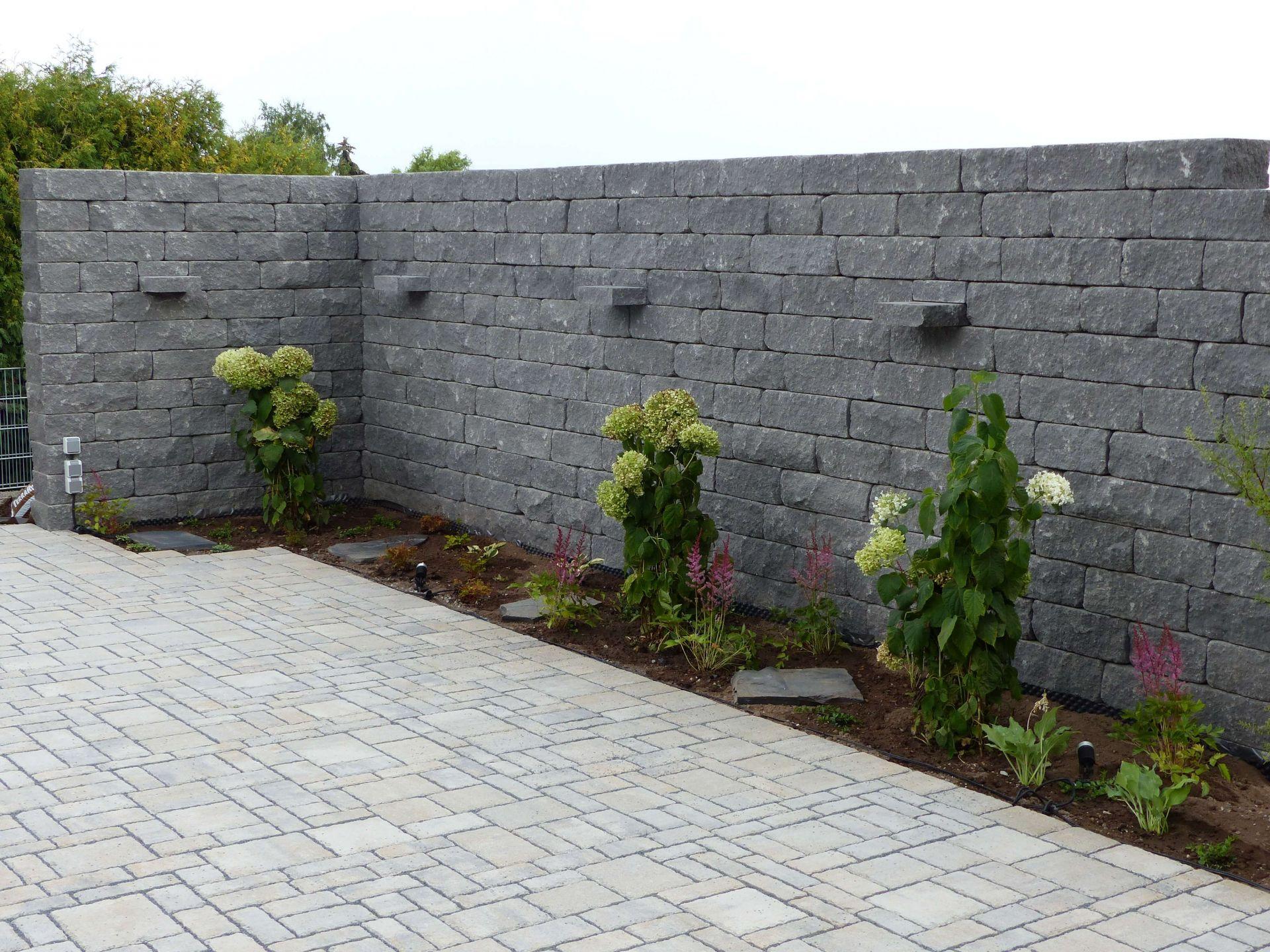Mauerbau Bei Der Gartengestaltung Bietet Interessante Optionen